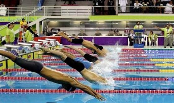 Les nageurs d'Oran  dominent les débats