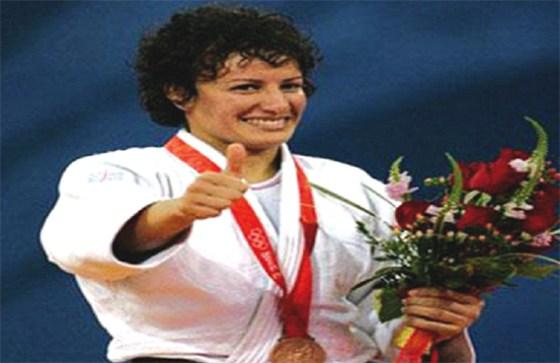 Soraya Haddad honorée par la FIJ à Astana