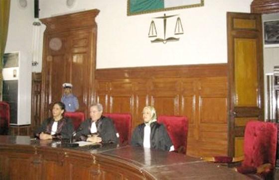 10 individus devant la justice pour détournement du foncier public