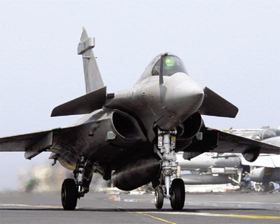 Paris s'engage militairement contre DAECH