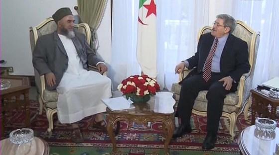 Ouyahia et Mezrag même combat