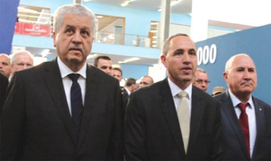 Sellal : «le livre algérien doit s'imposer à l'étranger»