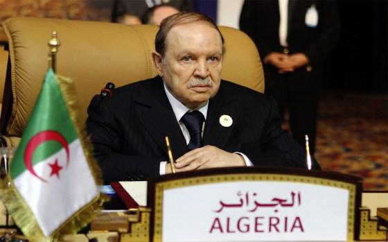 Bouteflika  à l'occasion de l'anniversaire  de la Révolution du 1er Novembre