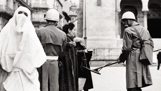 Tenues durant la guerre de libération