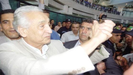 Hocine ait ahmed : Un révolutionnaire au cœur d'humaniste