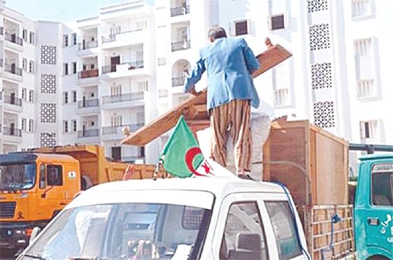 Kamel Nasri : «Plus de 273 000 logements réceptionnés en 2015»