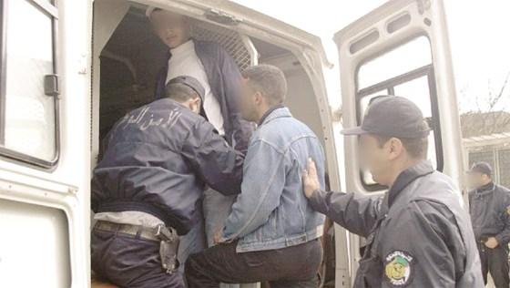 Près de 3 800 personnes interpellées en 2015