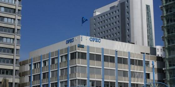 Le président de l'OPEP veut une réunion extraordinaire en mars