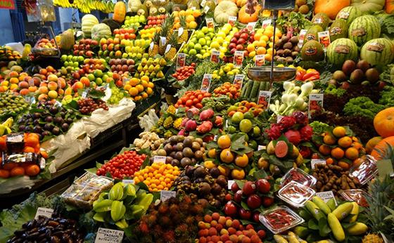 Les marchés de fruits et légumes obligés de facturer leurs marchandises