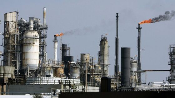 Un rééquilibrage du marché pétrolier dès 2017