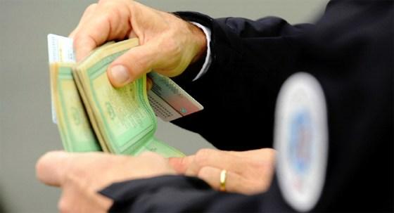 Les faux passeports, la filière Daech et  le crime organisé en discussion