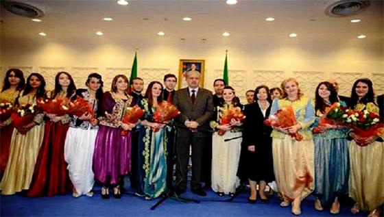 M. Sellal préside une cérémonie en l'honneur des femmes algériennes