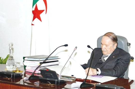 Le président Bouteflika reçoit Ghannouchi