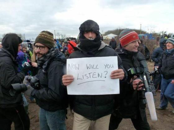 Des militants entament une grève de la faim à Paris
