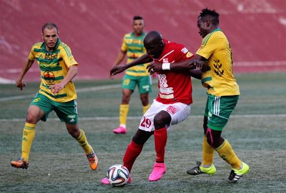 Saoura et Tadjenanent forcent le respect, l'ASMO dit adieu  à la Ligue 1