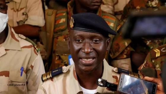 Mali: Début des consultations entre la junte et les formations politiques