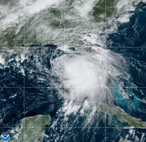 Etats-Unis: L'ouragan Sally menace les côtes américaines