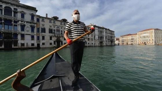 Le retour masqué de la Mostra de Venise