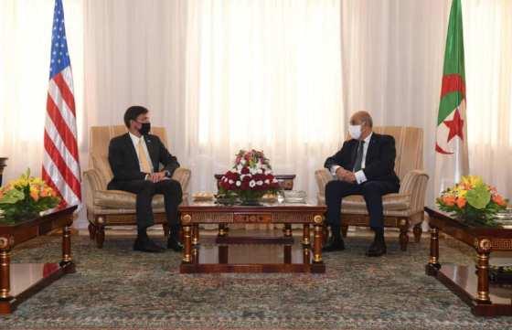 Tebboune reçoit le secrétaire américain à la défense