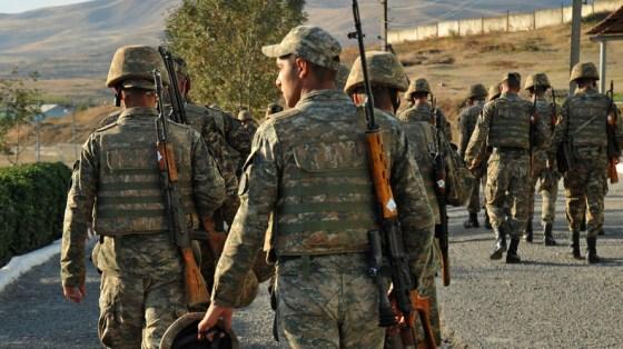 Haut Karabakh: négociations de paix à Moscou, poursuite des combats