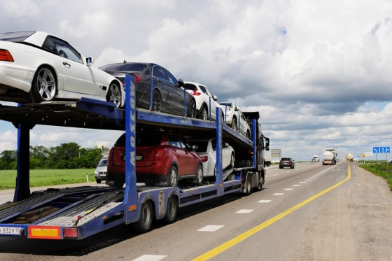 L'importations de véhicules de moins de trois ans gelée