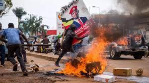 28 morts dans les violences en Ouganda