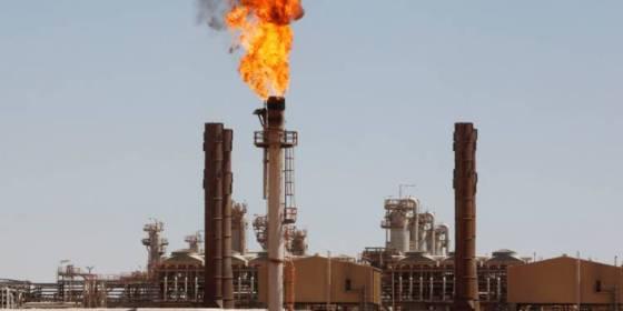 Les prix du pétrole au plus bas depuis trois mois