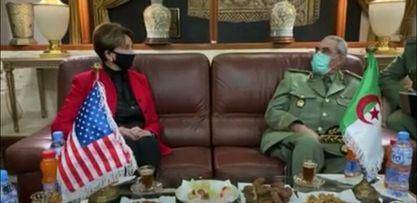 La secrétaire des forces aériennes américaines, à la tête d'une délégation à Alger