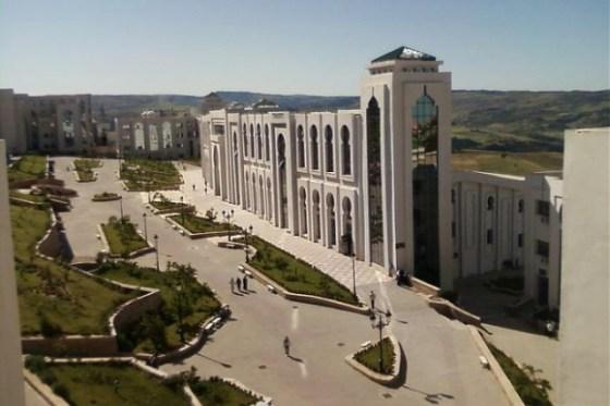 Six projets de startups sélectionnés à l'université de Médéa