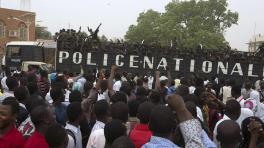 Trois opposants écroués au Niger