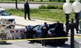Une nouvelle attaque contre le Capitole à Washington, un policier tué.