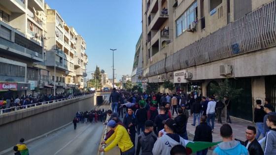Grande marche à Tizi-Ouzou en dépit du risque sanitaire