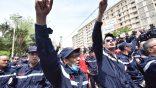 Marche des agents de la protection civile à Alger