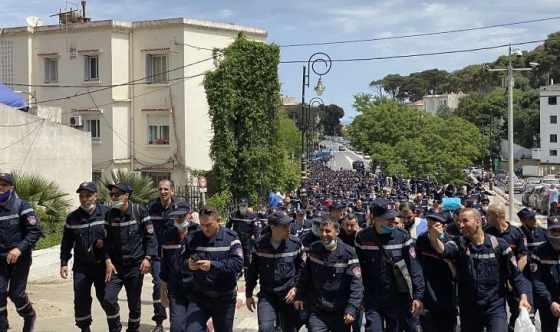 Le ministère de l'Intérieur réagit à la marche des agents de la Protection civile