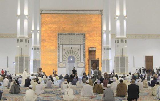 Les prières dans les mosquées durant le confinement suspendues dans 35 wilayas