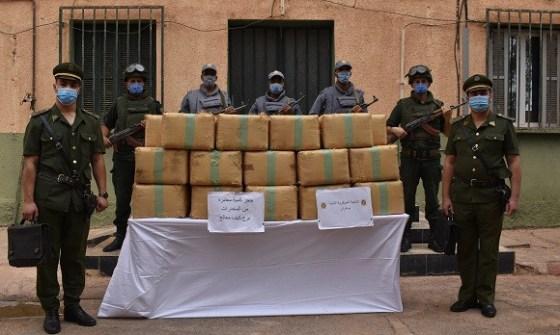 Plus de 12 quintaux de kif traité saisis aux frontières avec le Maroc