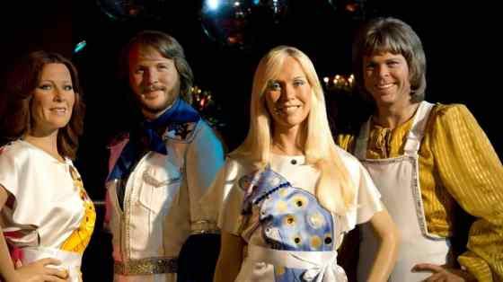 Le légendaire groupe suédois ABBA est de retour