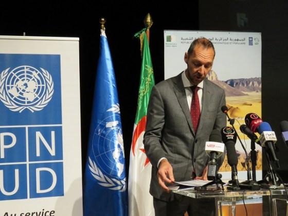 Immersion dans une Algérie fière et solidaire