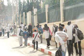 Rentrée scolaire à Tizi-Ouzou : le coup d'envoi d'un lycée à Azeffoun
