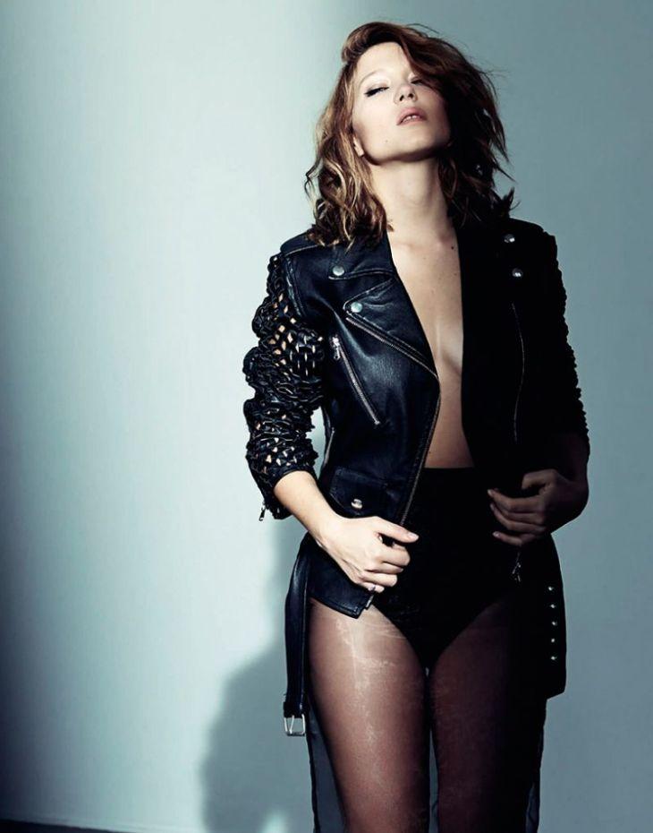 Léa Seydoux sexy en cuire et lingerie