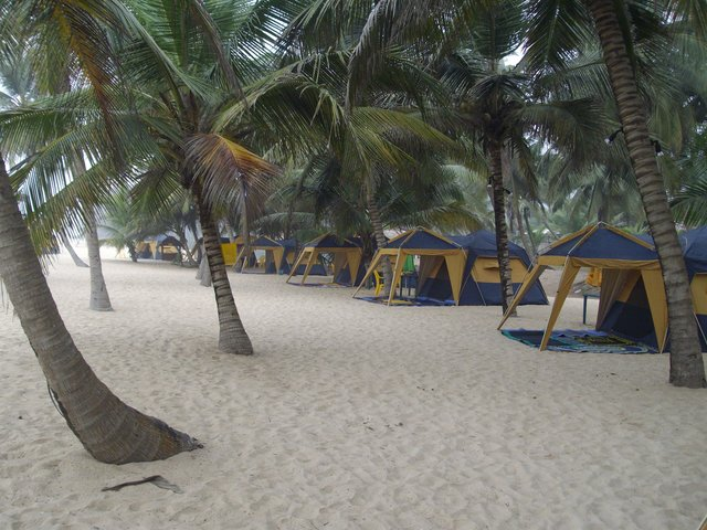 lacampagne-tropicana-beach-resort-jewanda