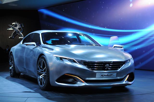concept-car-peugeot-exalt-jewanda