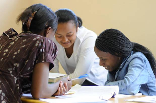 Bourses-etudes-pour-jeunes-vierges-jewanda