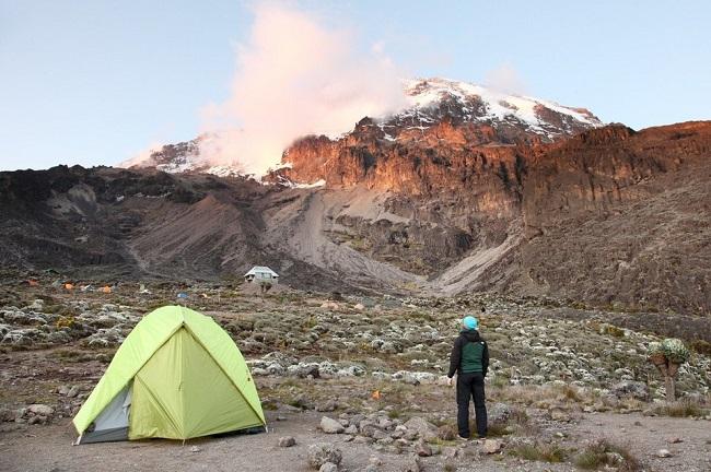 destination-kilimandjaro-avec-marc-olivier-enow-jewanda-4.jpeg