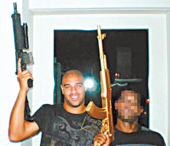 adriano-devient-criminel-jewanda-2