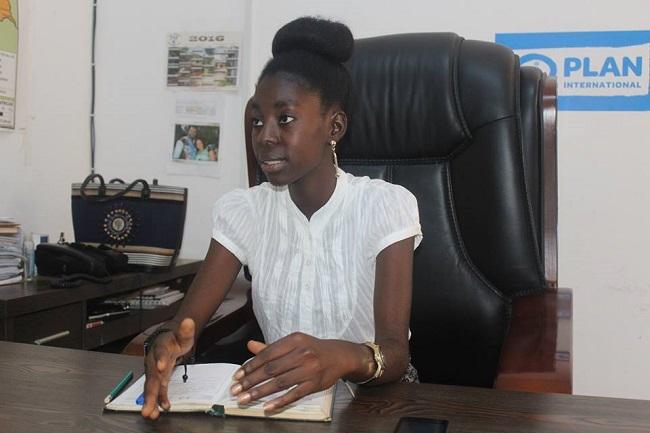 jeune-centrafricaine-prend-directionbureau-plan-international-centrafrique-jewanda
