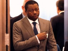 faure-gnassingbe-top-8-presidents-stylees-afrique-jewanda-3
