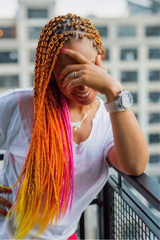 alicia-keys-rastas-multicolores-jewanda-3