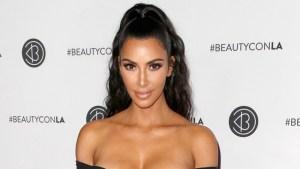 People : Kim Kardashian accusée d'entretenir une liaison avec Drake, elle répond