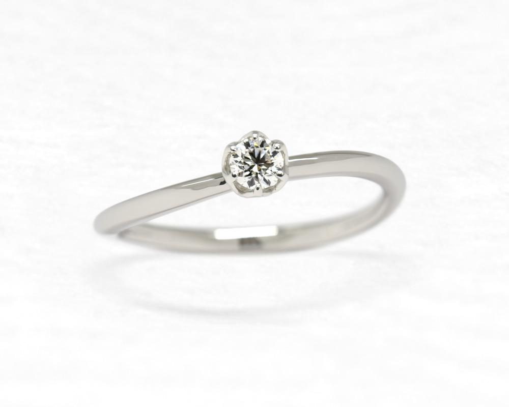 ひな婚約指輪 小花2